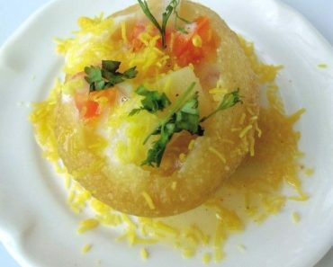 How to make Dahi Batata Sev Puri