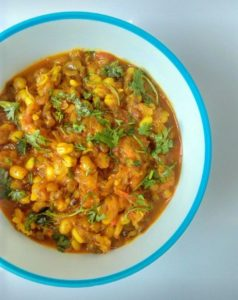 How to make Sprouts Curry