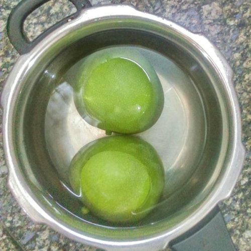 Raw mangoes for Aam Panna