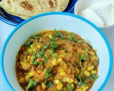 Sprouts Curry Recipe for Chapati